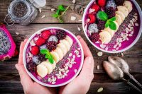 sml-Purple-smoothie-bowl.jpg